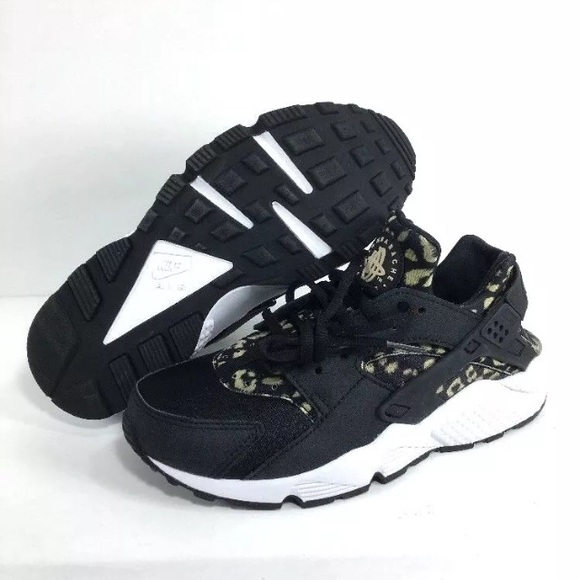 cac5983a032 Women s air huarache run print leopard black nike